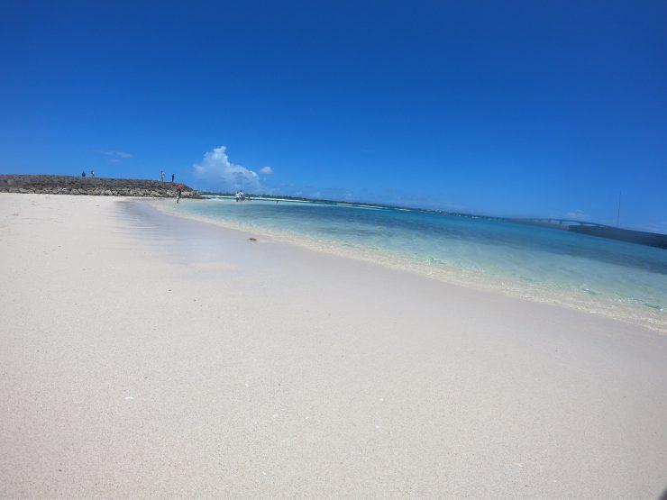 前浜ビーチ超え!?来間島にある最上級のビーチ「来間漁港ビーチ」の魅力